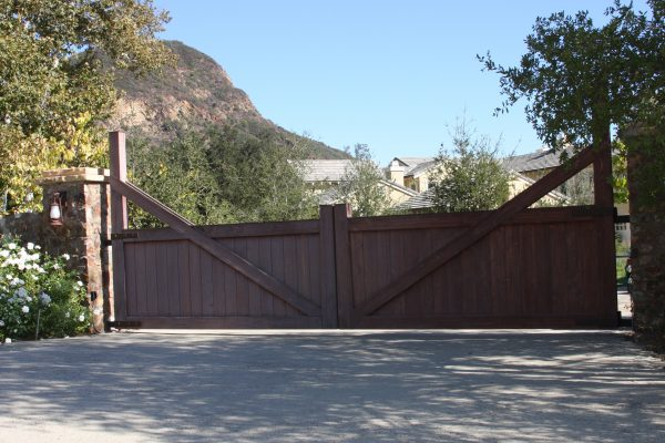 Ranch Style Swing Gates, Agoura Hills