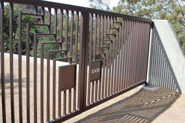 Frank Lloyd Wright House Malibu Pss Garage Doors Gates